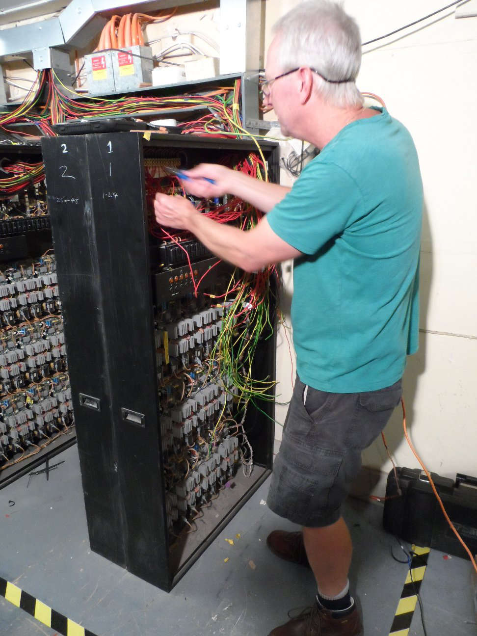 Installing dimmers 2
